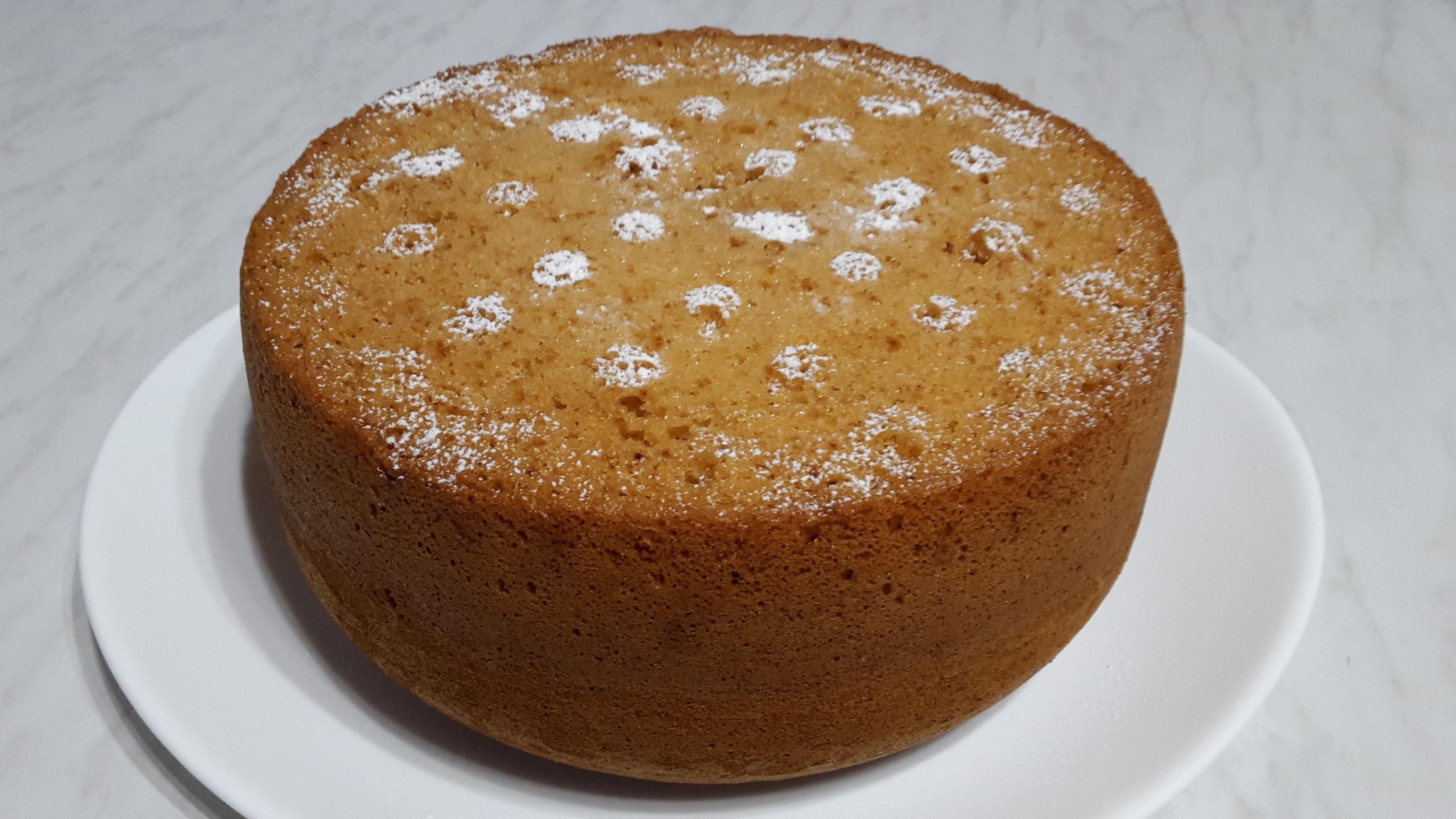 как приготовить высокий медовый бисквит